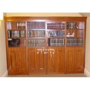 ספרייה בבית הכנסת חוט של חסד, ירושלים- קשת רהיטים