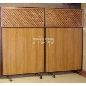 מחיצה נגררת בבית הכנסת ברסלב, ירושלים- קשת רהיטים