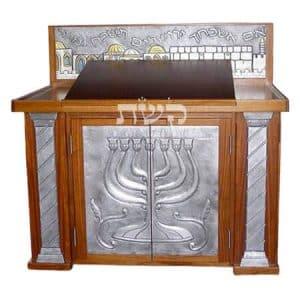 תיבה בישיבת ההסדר דימונה- קשת רהיטי עץ ומתכת