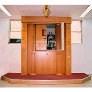 ארון קודש 12 שבטים, בית הכנסת קרית ארבע- קשת רהיטי עץ ומתכת