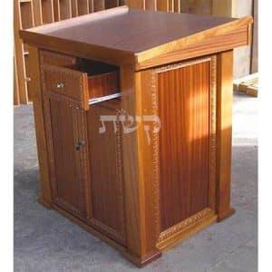 תיבה לבית כנסת - קשת רהיטי עץ ומתכת