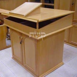 תיבה בבית הכנסת בנק הפועלים, תל אביב- קשת רהיטים