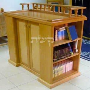 תיבה בבית הכנסת גני זוהר, אלעד- קשת רהיטים